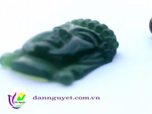 Hình Phật Bằng Ngọc Tự Nhiên