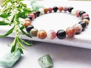 Vòng đá tourmaline – may mắn, tốt cho sức khoẻ
