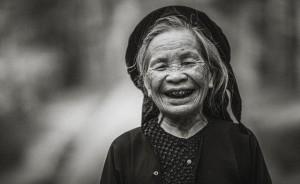 Hãy mỉm cười nhìn cuộc sống một cách nhẹ nhàng hơn